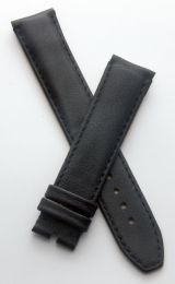 19 mm Black classic pin buckle leather strap to fit TAG Heuer Carrera models with 19/18 mm straps