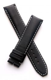 19 mm Black classic pin buckle leather strap with white stitching to fit TAG Heuer Carrera models with 19/18 mm straps
